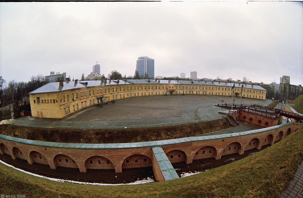 """Власти хотят передать """"Киевскую крепость"""" в госсобственность. Если это только не пиар"""